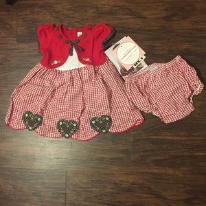 NWT YoungLand Baby Girls Dress Size 18M.